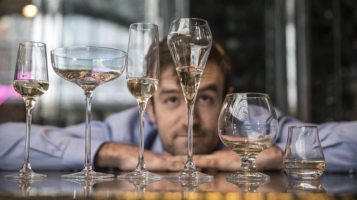 Найден идеальный бокал для шампанского