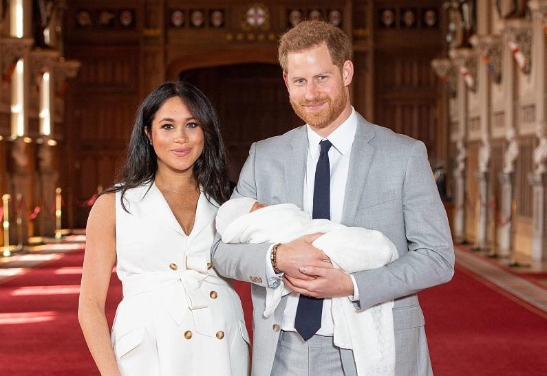 Сын принца Гарри и Меган Маркл уже занимается благотворительностью.  Рассказываем!