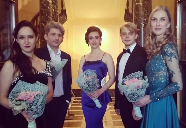 Международный онлайн-конкурс оперного вокала «The Beautiful Si Bemolle»