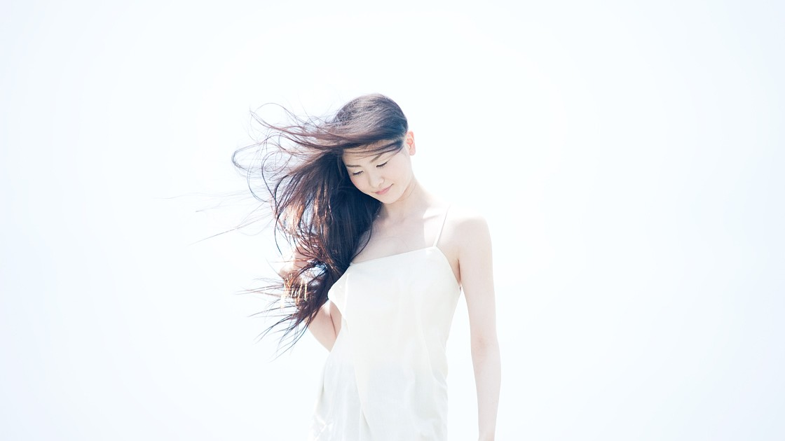 Японская девушка модель приема на работу тиффани ювелирный