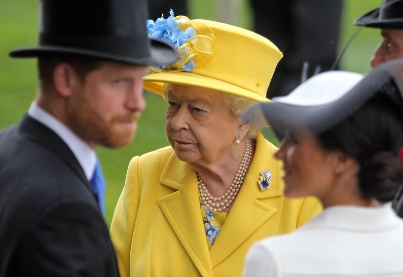 Королевская семья сломала Меган Маркл – инсайдер